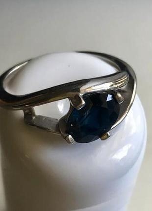 Кольцо из белого золота с шикарным синим сапфиром, 3.41 гр. кюз