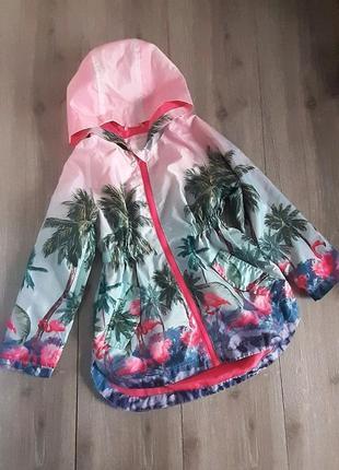 Ветровка плащ куртка возраст 5-6лет