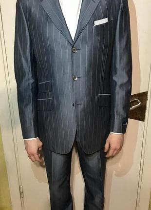 Новий елегатний костюм eredi pisano з італії