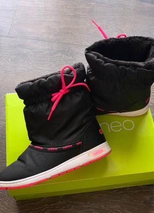 Зимние сапоги adidas neo женские