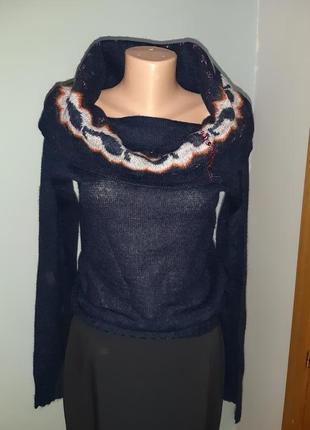 Стильный мохеровый свитер