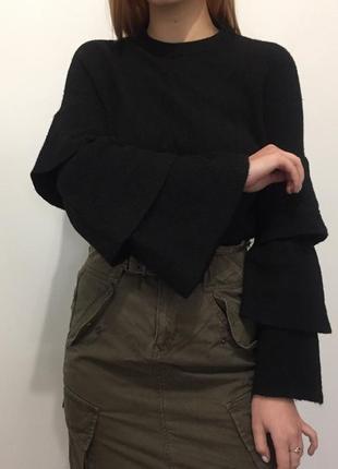 Шерстяной черный свитер джемпер с широкими рукавами