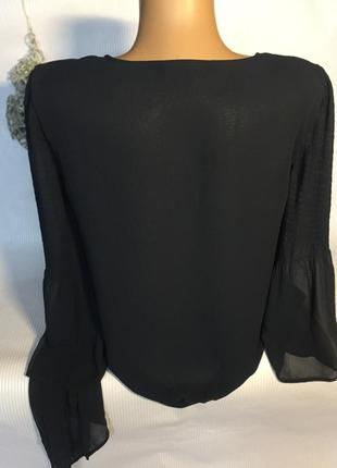 Шикарная блуза  с красивыми рукавами4 фото