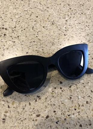 Солнцезащитные очки кошки матовые