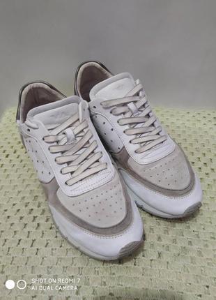 Кожаные кроссовки via