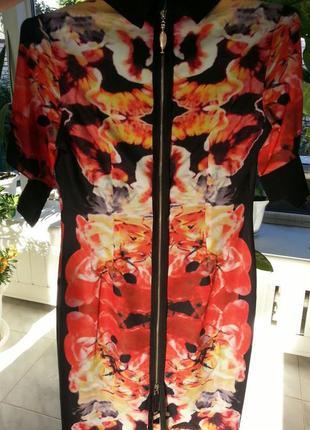 Платье женское victoriabeckham в наличии.2 фото