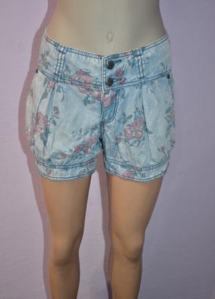 Джинсовые шорты легкие цветочные esprit джинсові шорти