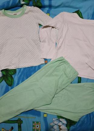 Лот две пижамы р 104