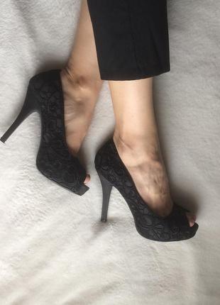 Туфли тканевые с кружевами