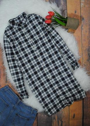 Платье-рубашка в клетку uniqlo размер s черно-белое