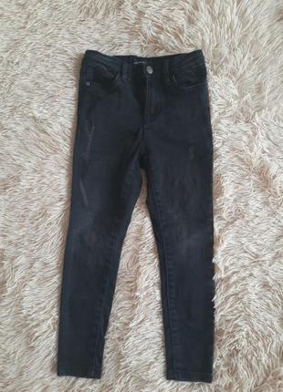 Джинсы на ребёнка. модные чёрные джинсы