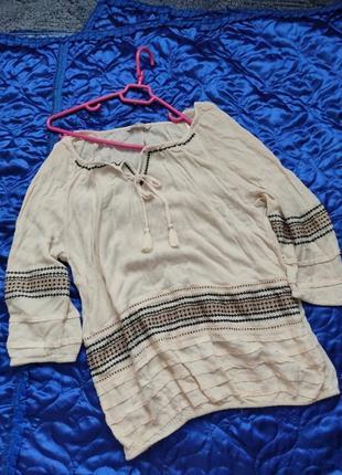 Рубашка вышиванка от george,рукав 1/2,снизу на резинке.