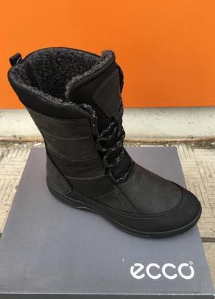 Женские зимние ботинки ессо