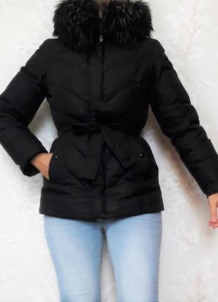 Черная куртка пуховик 70% пуха