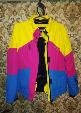 Курточка куртка спортивная лыжная теплая