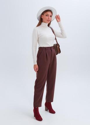 Женские плотные брюки с высокой посадкой