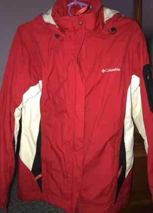 Женская спортивно-лыжная куртка columbia