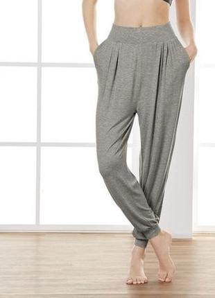 Удобные функциональные спортивные штаны для занятий йогой, и не только crivit m