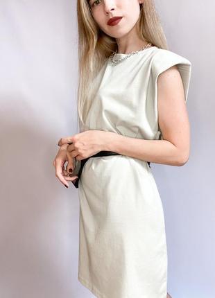 Платье с плечиками zara