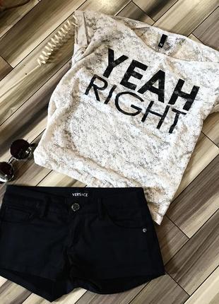 Классные шорты versace