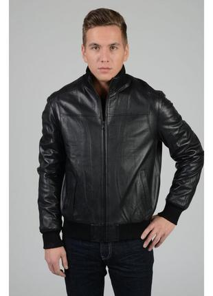 Черная теплая деми утепленная натуральная мужская куртка кожанка косуха с манжетами батал