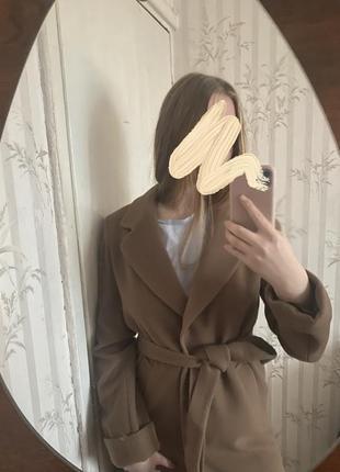 Пальто миди кэмэл утепленное с поясом