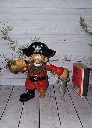 Фигурка пират 1