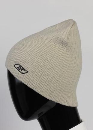 Фирменная оригинальная спортивная шапка
