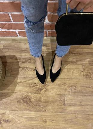 Туфли лодочки в 35-36р 9(23,5) каблук 5 верх