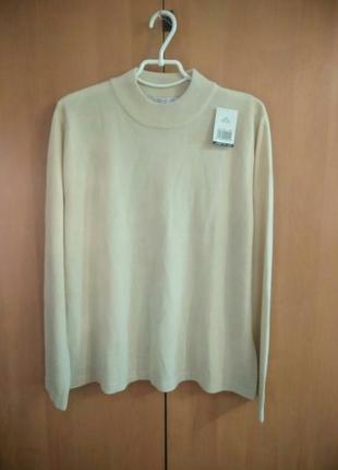 Мягенький , акриловый свитер с высоким воротничком ,батал matalan