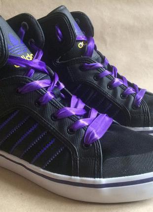 Стильные кроссовки adidas originals
