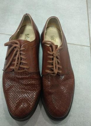Кожные туфли bentley