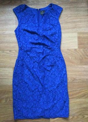 Платье - футляр из кружева adrianna papell