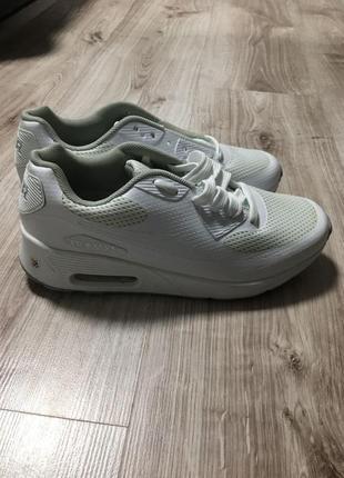 Нові кросівки унісекс air max