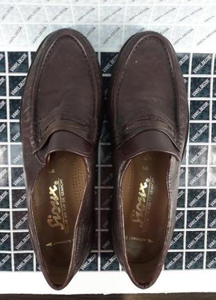 Чоловіче класичне взуття3 фото