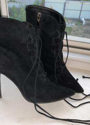 Замшевые ботинки замш