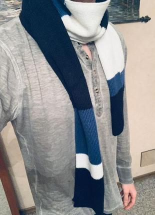 Модный шарф светло-синий