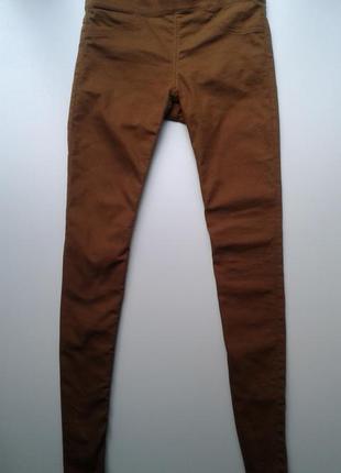 Крутые джеггинсы скинни коньячно-коричневого цвета от h&m/ размер 38-м