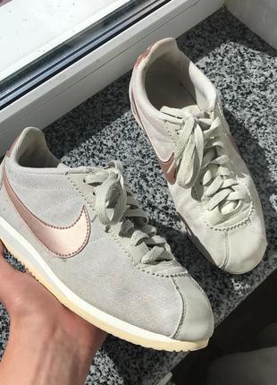 Кроссовки nike cortez adidas