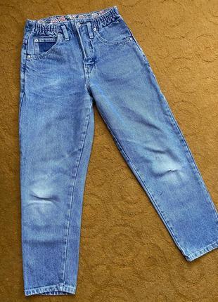 Мом джинсы