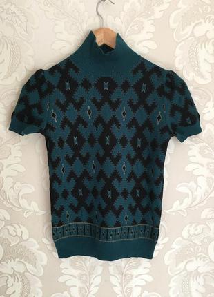 Gucci италия оригинал свитер  размер s