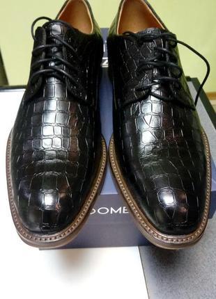 Стильные.классические туфли из. кожи под крокодил