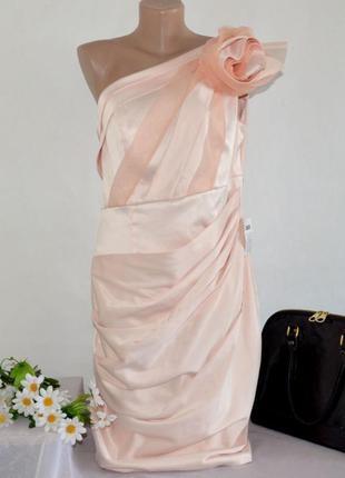 Брендовое розовое атласное макси платье с розой asos этикетка