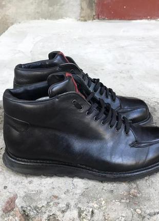 Кожаные ботинки prada