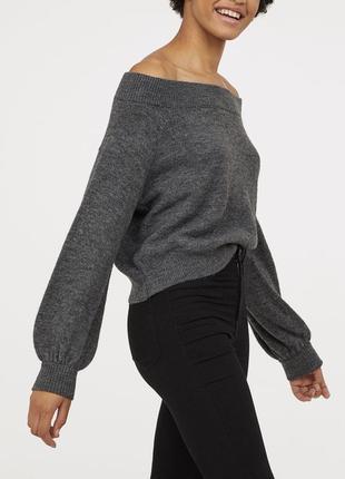 Тёплый шерстяной свитер с открытыми плечами h&m