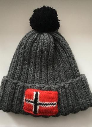 Тёплая шапка napapijri вязанная с помпоном