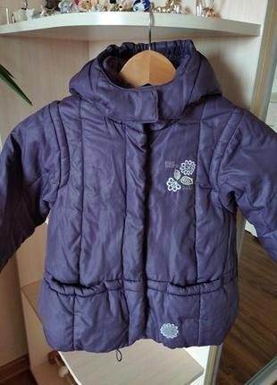 Зимняя курточка для девочки 4-х лет.