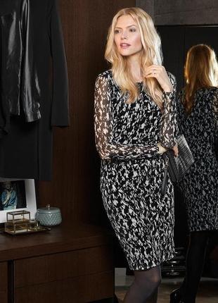 Женственное платье с черно-белым принтом, р. наш: 54 (48 евро)