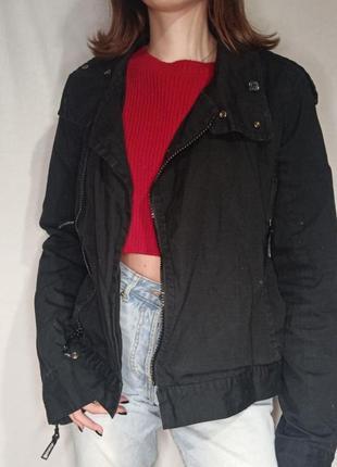 Курточка ветровка черная bench