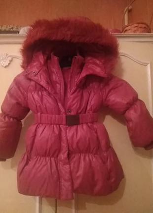 Пальто для девочки 2-3 года, рост 90, фирма benetton